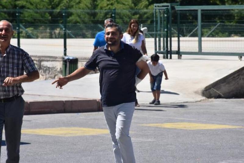 Malatya'da acemi kasaplar hastaneleri doldurdu