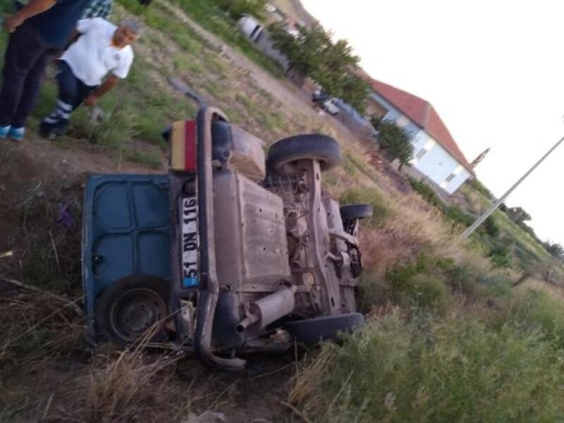 Şarampole devrilen otomobildeki aynı aileden 6 kişi yaralandı