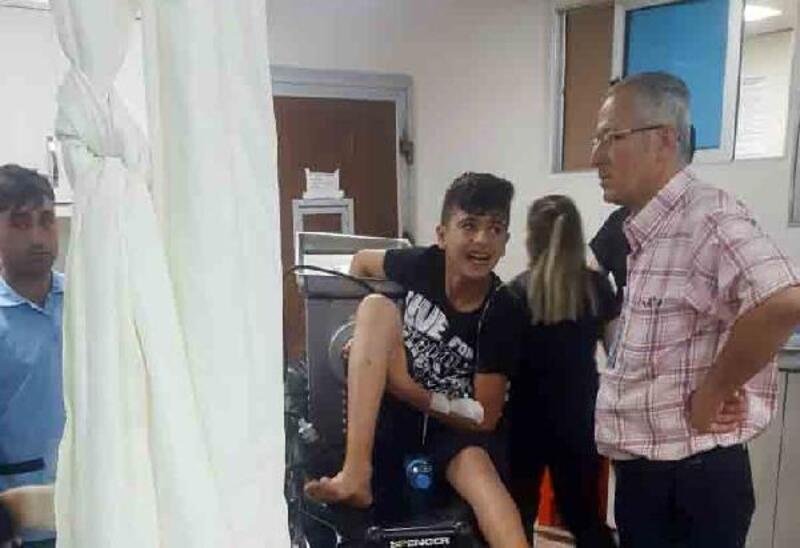 Elini kaptırdığı kıyma makinesi ile hastaneye götürüldü