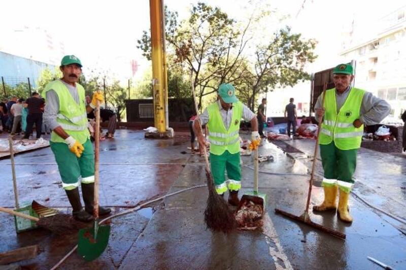 Yenimahalle temizlik ekibi görev başında