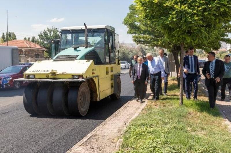 Kayseri'de asfalt çalışmaları sürüyor