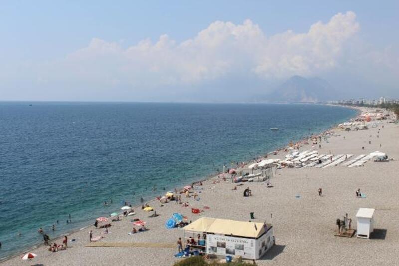 Nem bulutu Antalya'yı kapladı