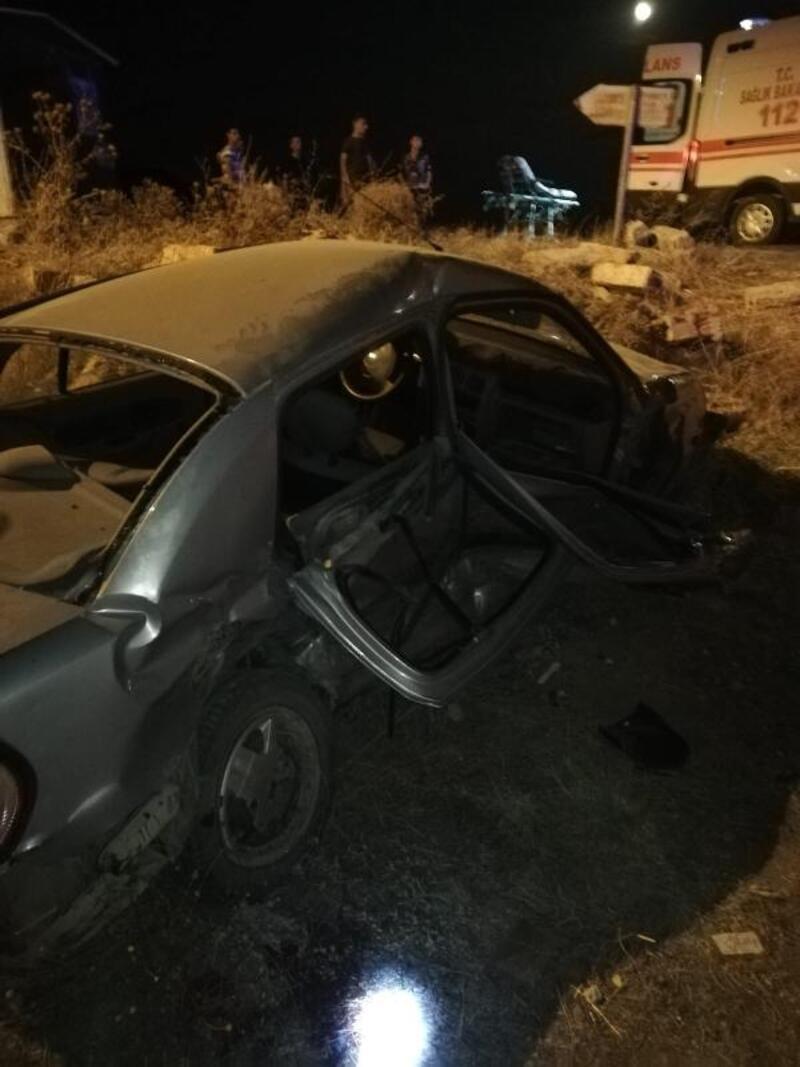 Edirne'de otomobiller çarpıştı: 1 ölü, 6 yaralı