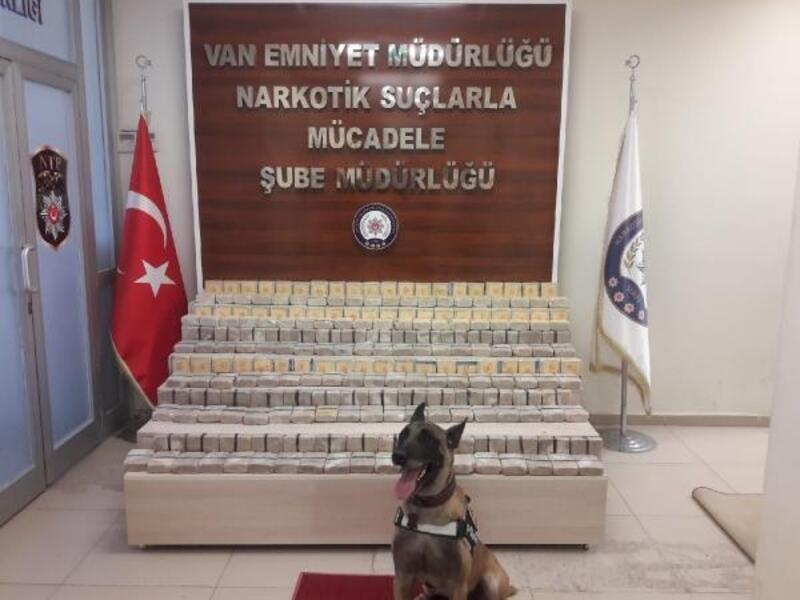 Van'da 111 kilo 820 gram eroin ele geçirildi