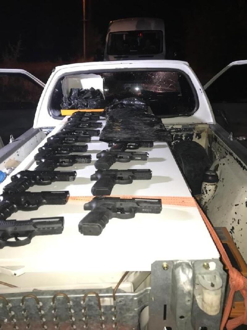 Beyşehir'de kaçak tabanca operasyonu