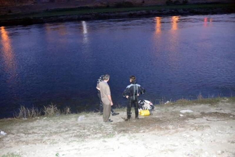 Ceyhan Nehri'nde kayboldu