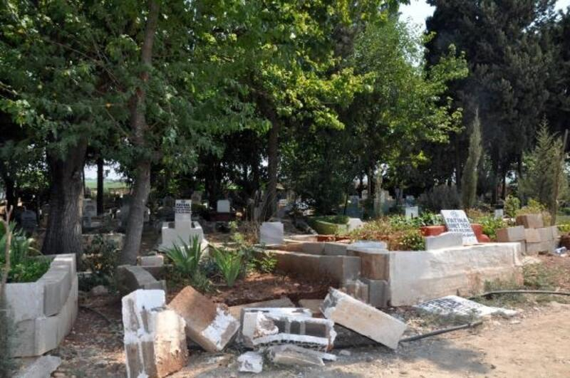 Reyhanlı'daki mezarlıktaki tahribatla ilgili 6 kişi gözaltına alındı