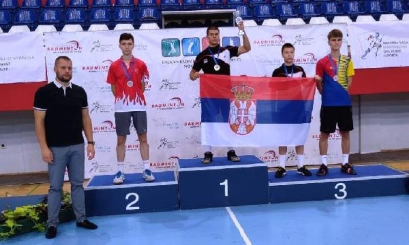 Badminton'da Balkanlardan 5 madalya