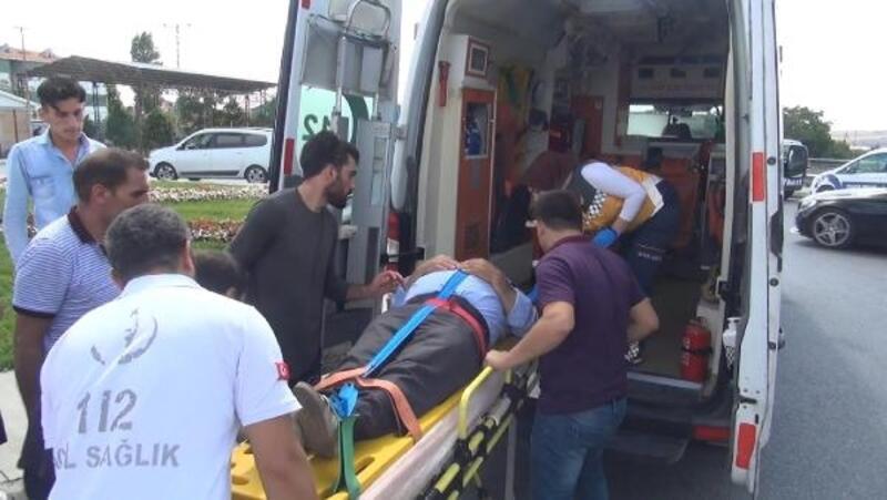 Arnavutköy'de iki araç çarpıştı: 2 yaralı