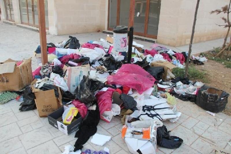 Nusaybin'de HDP'li belediyeye çöp toplamama tepkisi