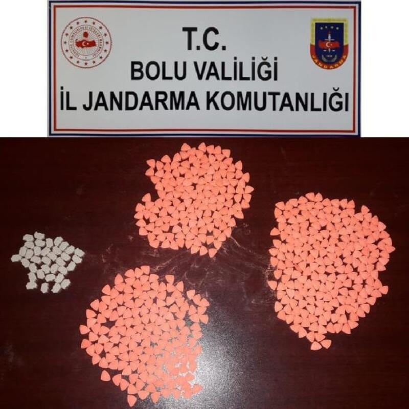 540 adet uyuşturucu hap ile yakalanan şüpheli gözaltına alındı