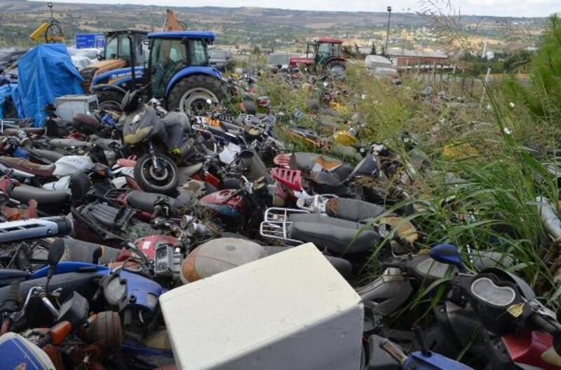 Yediemin otoparkındaki araçlar inek küpesiyle numaralandırıldı