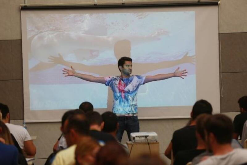Yenimahalle Belediyesi'nden, yüzme antrenörü adaylarına destek