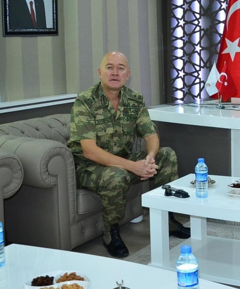 Sivas'ın yeni komutanı Tuğgeneral Yiğittürk oldu