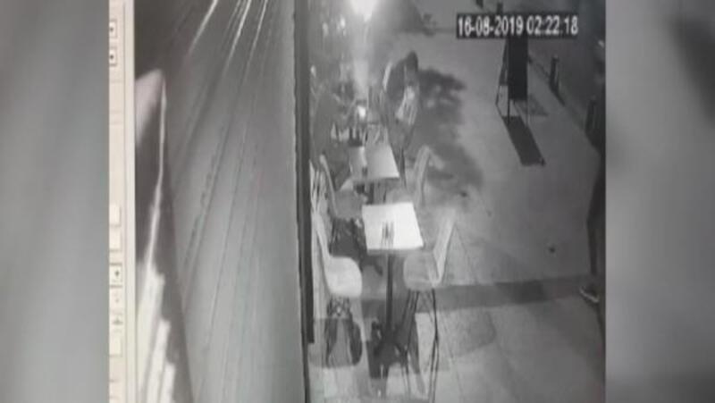 Şişli'de Arap turistlere ateş açıp gasp eden 2 kişi yakalandı