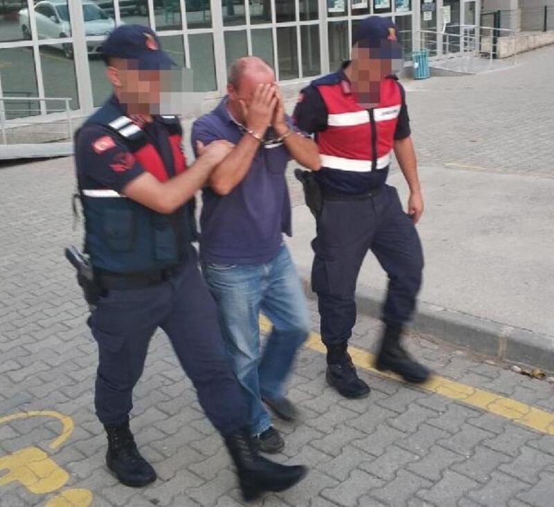 Evinde esrar bulunan çiftçi tutuklandı