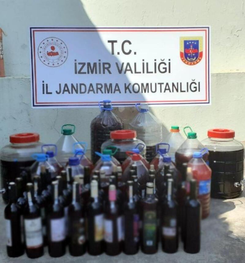 İzmir'de, 163 litre sahte şarap ele geçirildi