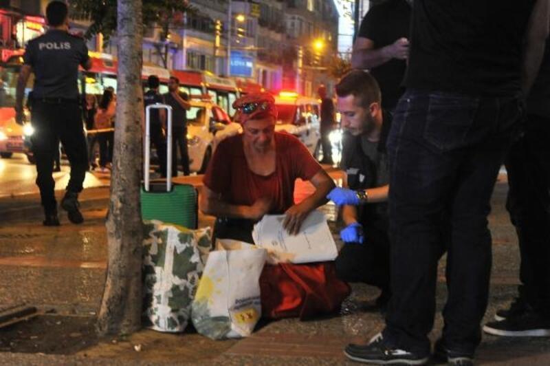 Bursa Valiliği karşısında unutulan valiz ve çantalar endişe yarattı