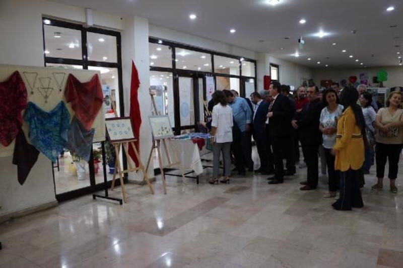 'Sudaki damlalar' sergisi açıldı