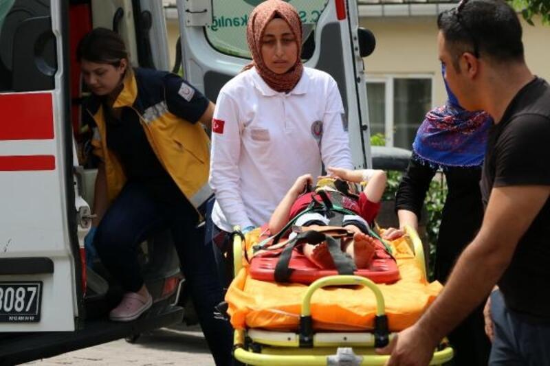 Beyoğlu'nda 5 yaşındaki çocuk pencereden düştü; burnu çatladı
