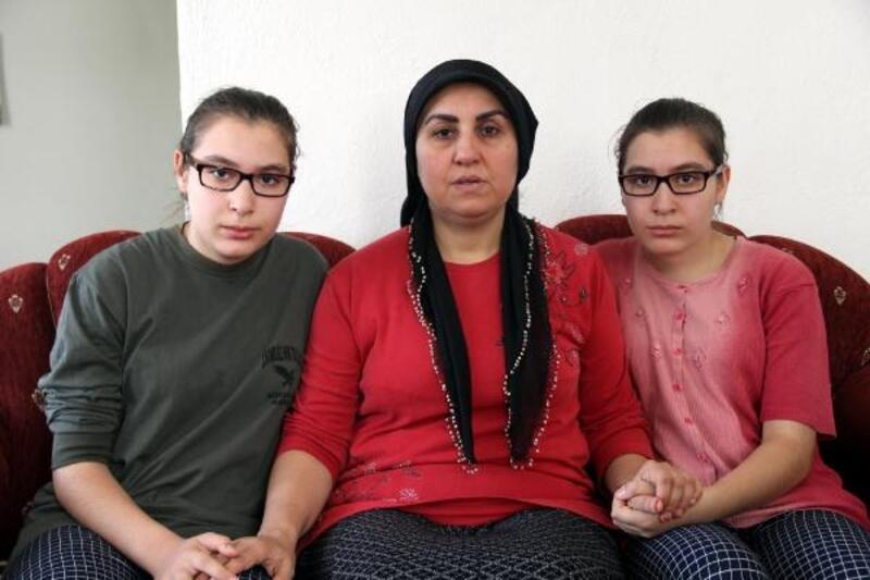 Görme yetilerini kaybeden ikizlerin umudu kök hücre ameliyatı