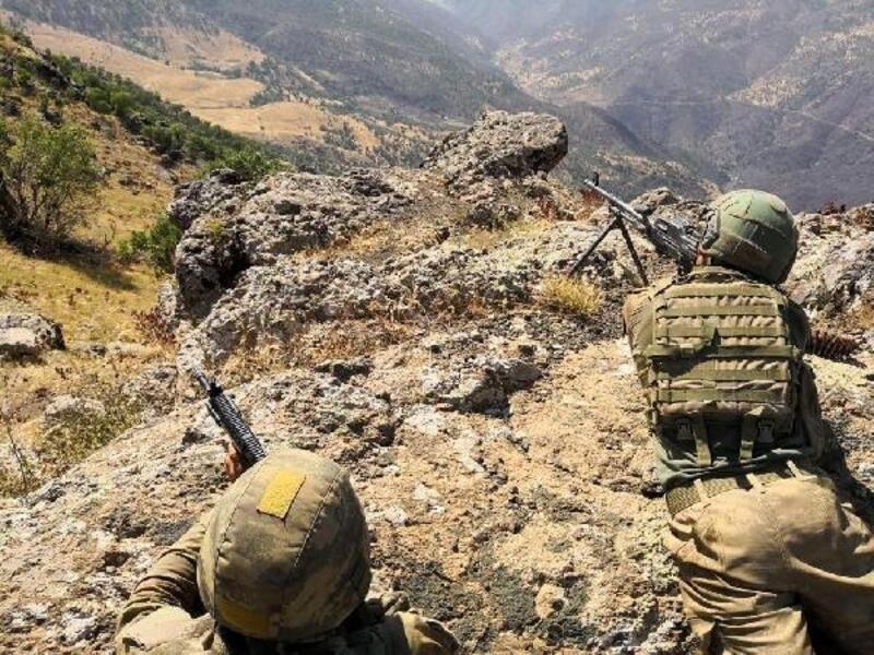 Irak kuzeyinde Pençe-3 harekatı başlatıldı