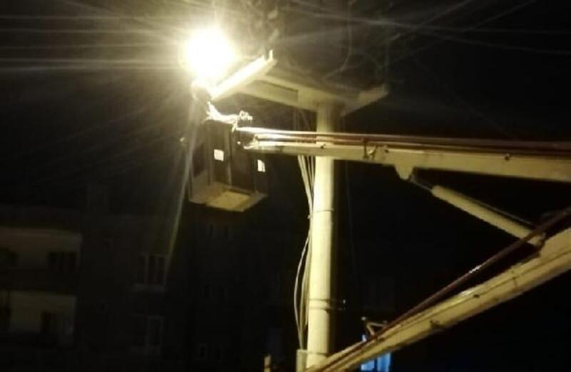 Nusaybin'de sokak aydınlatma çalışması
