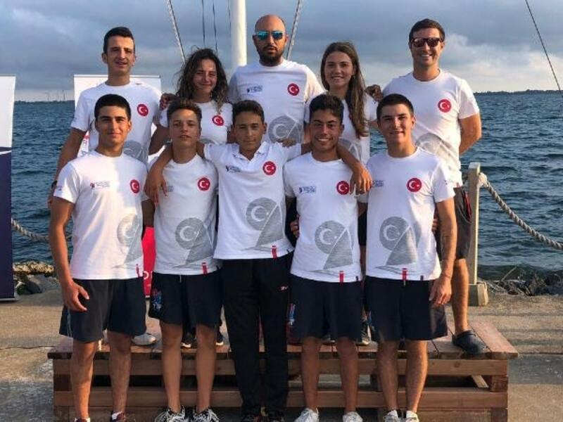 Karşıyakalı Derin Baytur yelkende Dünya Şampiyonu