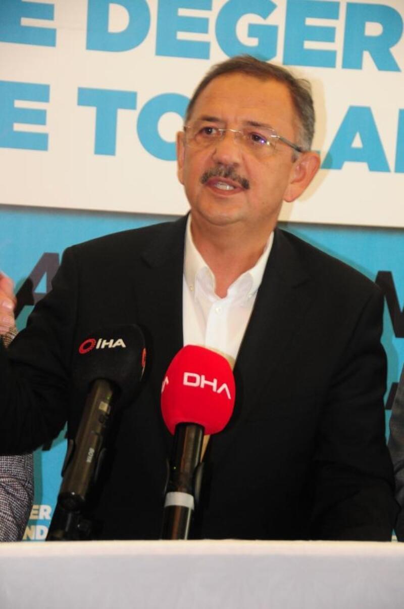 Özhaseki: Belediye başkanı seçilmişseniz birinci işiniz hizmet etmektir