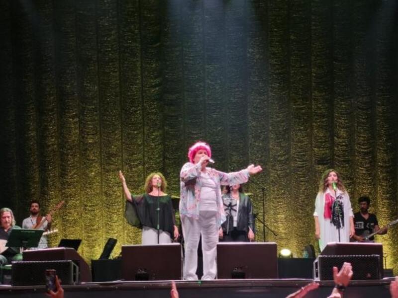 Selda Bağcan'dan İstanbul'da muhteşem konser