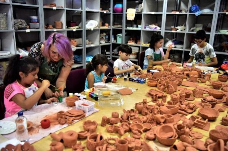 Çocuklar seramik kursu ile hayal güçlerini geliştiriyor
