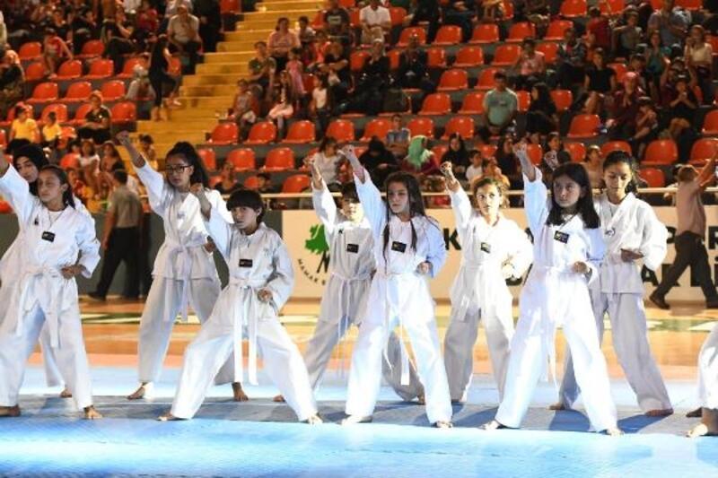 Mamak'ta 'Spor Şöleni' düzenlendi