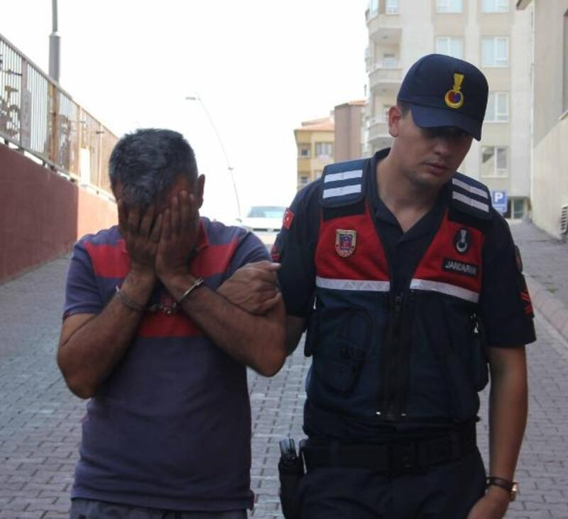 Kayseri'de iki evi soyan şüpheli yakalandı