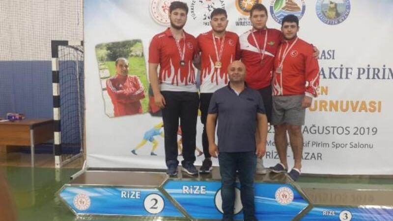 Uluslararası Mehmet Akif Pirim Güreş Turnuvası'nda şampiyon Türkiye