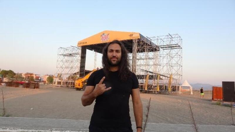Zeytinli Rock Festivali'nde 90 sanatçı sahneye çıkacak