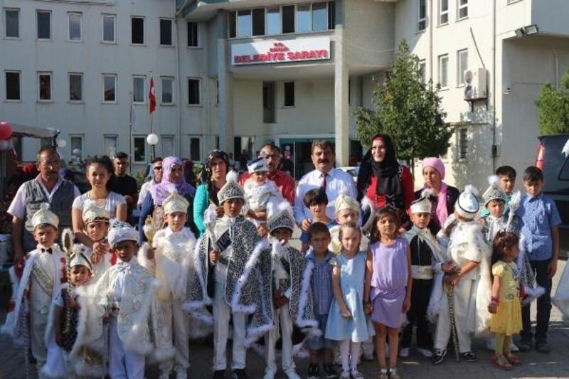 Dinar'da zafer kutlaması ve sünnet şöleni