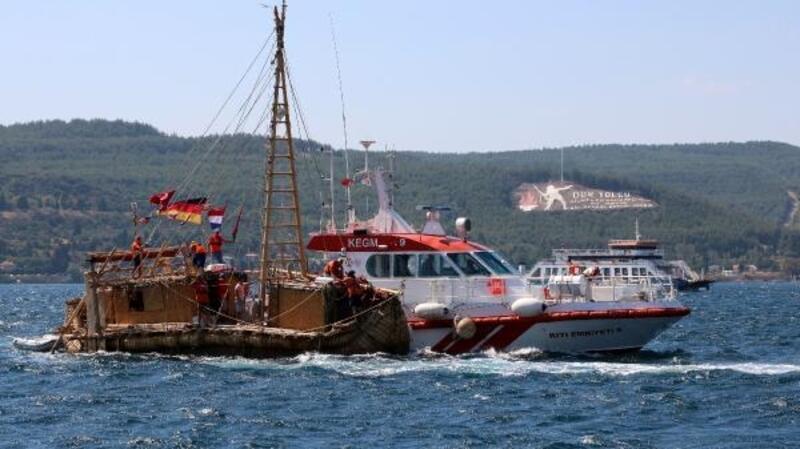 Antik dönemin izlerini taşıyan 'Abora-IV' gemisi Çanakkale'ye geldi
