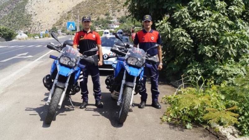 Kasksız 131 sürücüye ceza