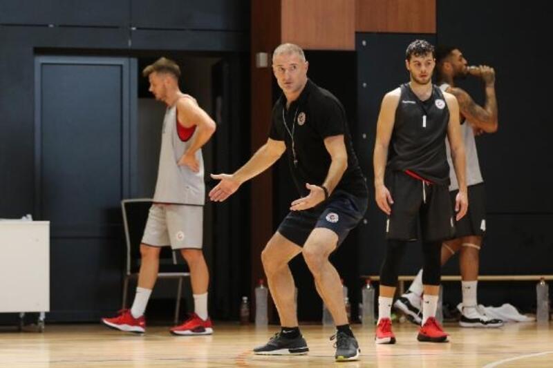 Gaziantep Basketbol Başantrenörü Markoviç: Yeni sezon geçtiğimiz sezona göre daha zorlu olacak