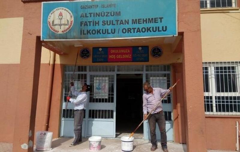 İslahiye okullar boyanıyor