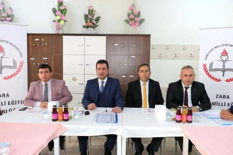 İlçe Milli Eğitim Müdürleri Toplantısı Zara'da yapıldı