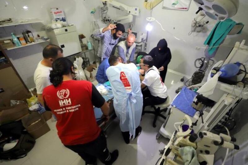Gönüllü doktorlardan Suriye'de Sünnet organizasyonu