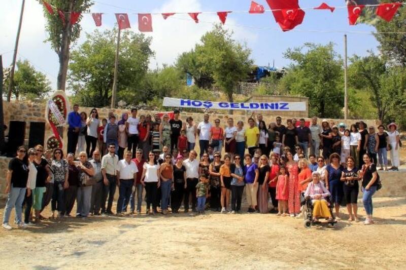Kırsal mahalle buluşmaları sürüyor
