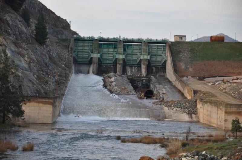 Tahtaköprü barajından Amik ovasına su verilmeye başlandı