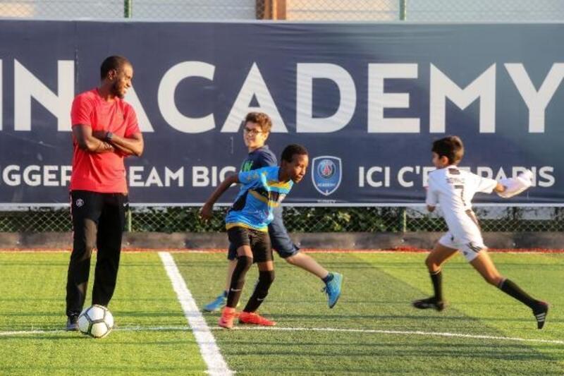 Yenimahalle'de 'Santra Futbol Arena'nın açılışı gerçekleştirildi