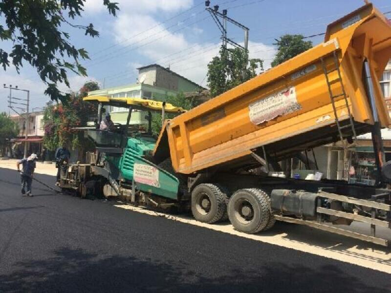Andırın-Kadirli yolu asfaltlanıyor