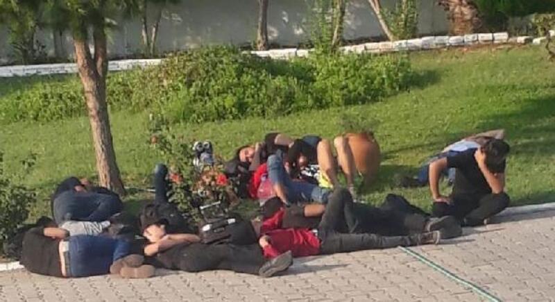 Kaçak göçmenleri, organizatör sandıkları belediye çalışanı yakalattı