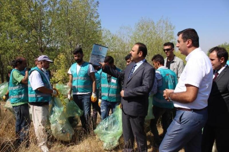 Denetimli serbestlik hükümlüleri mesire alanı temizledi