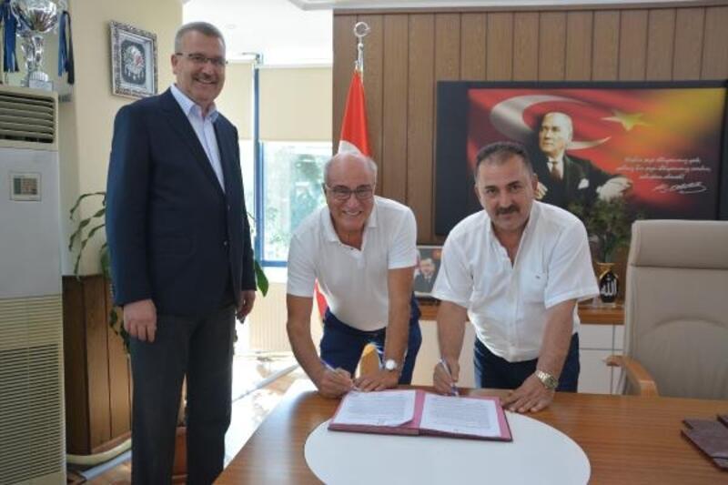 Remzi Cinoğlu, Karacabey Belediyespor yönetimine katıldı