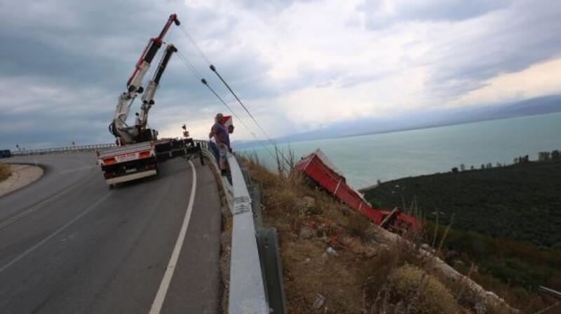 Belediye Meclis Üyesi Sırman'dan, ölümlü kazaların yaşandığı viraja önlem çağrısı